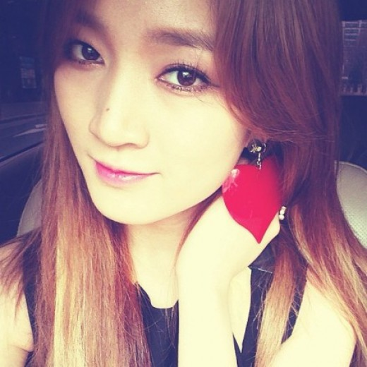 miss-A-Jia-shows-her-heart-to-fans-for-White-Day